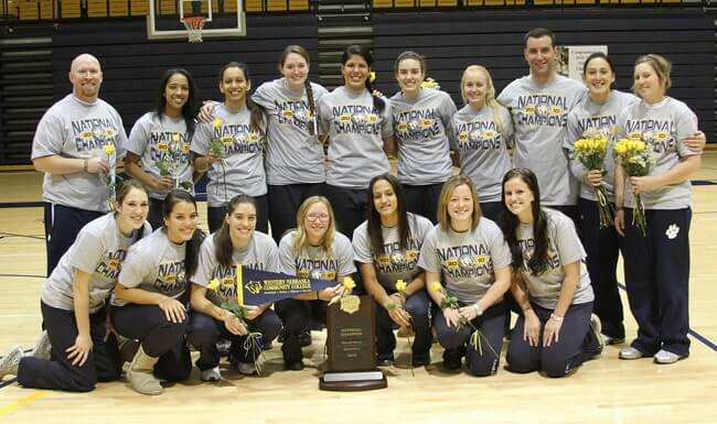 Giovana Melo celebrates with her team after winning the WAC tournament championship.